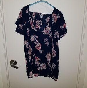 Double V-neck Shirt